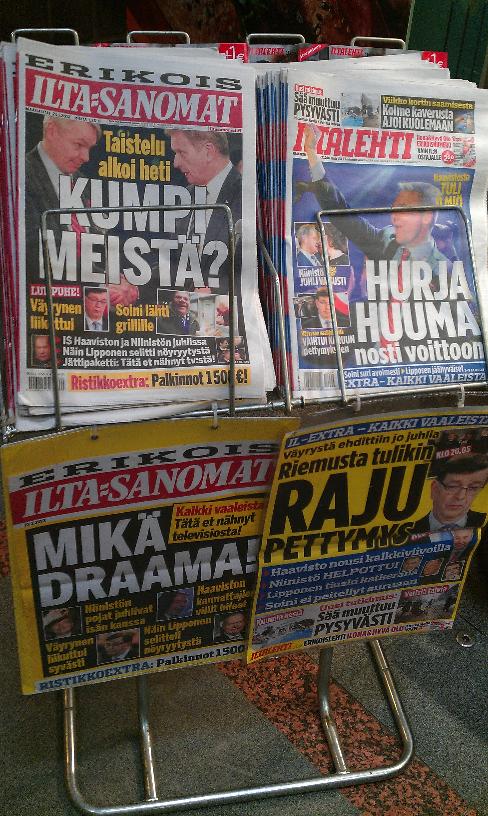 Finse kranten van vanochtend.